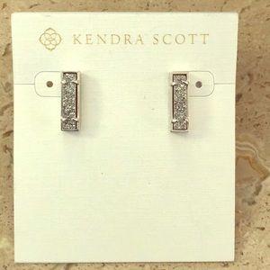 NWT Kendra Scott Lady Studs